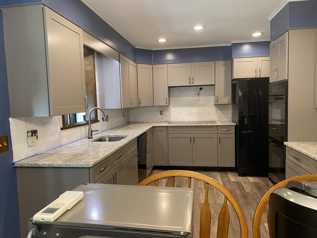 Oak cabinets refaced with veneers and new Shaker Painted Doors